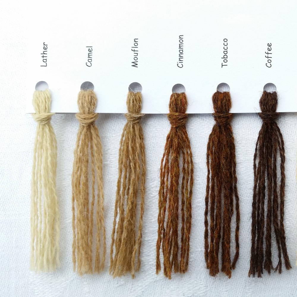 Ensfarvede Puder farvekort brun