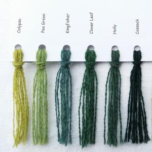 Ensfarvede Puder farvekort grøn brun